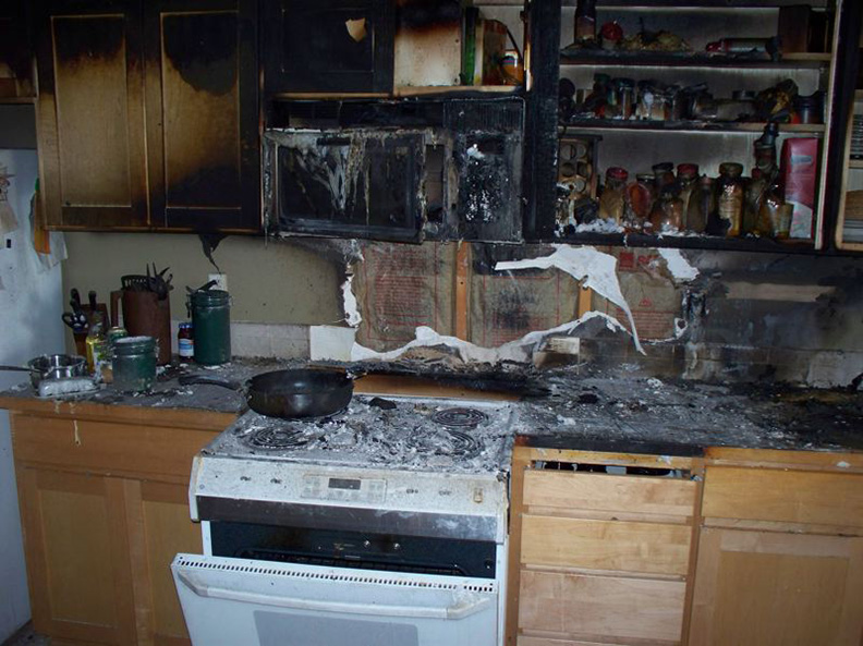 http://www.trukleen.com/blog/wp-content/uploads/kitchen-fire.jpg